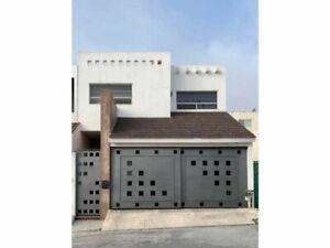 Casa en Renta Cumbres Élite 8o Sector, Monterrey