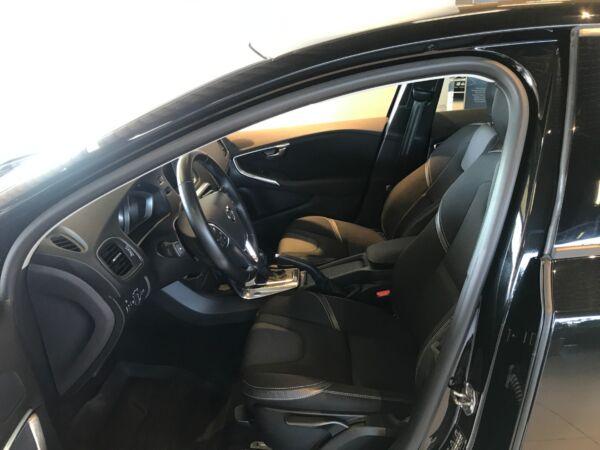 Volvo V40 2,0 D3 150 Momentum aut. - billede 5