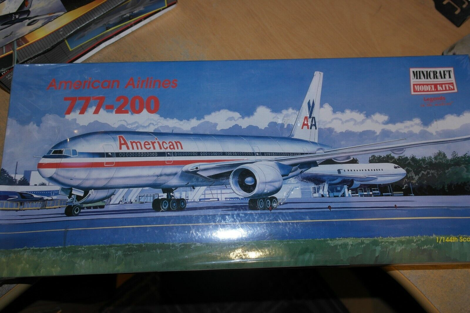 MINISTRAFT 1 144 BOEING 777 -200 AMERICAN AIRLINES 14472