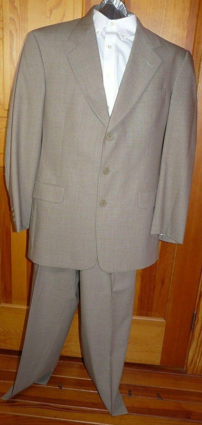 Austin Reed Men's 2 pc Suit  3 button  Lined  40R, Pants 33