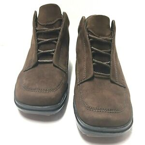 easy spirit lace up boots