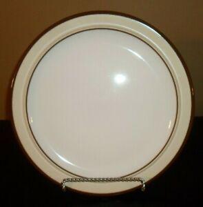 Arita-GENESIS-BEIGE-12-034-Chop-Plate-Round-Platter