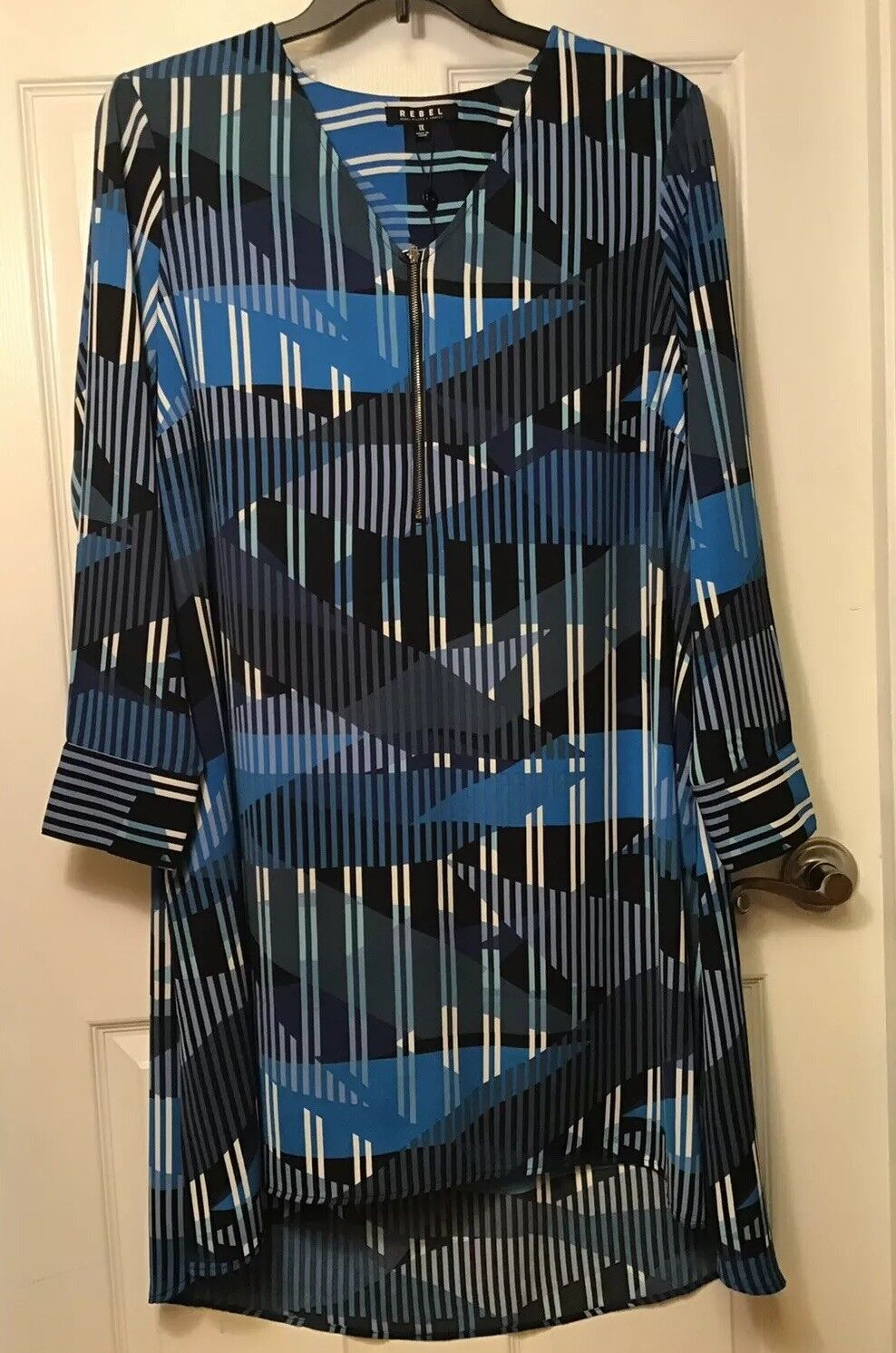 Rebel Wilson X Angels Women's Plus Size 1X bluee Waves High Low Shift Dress