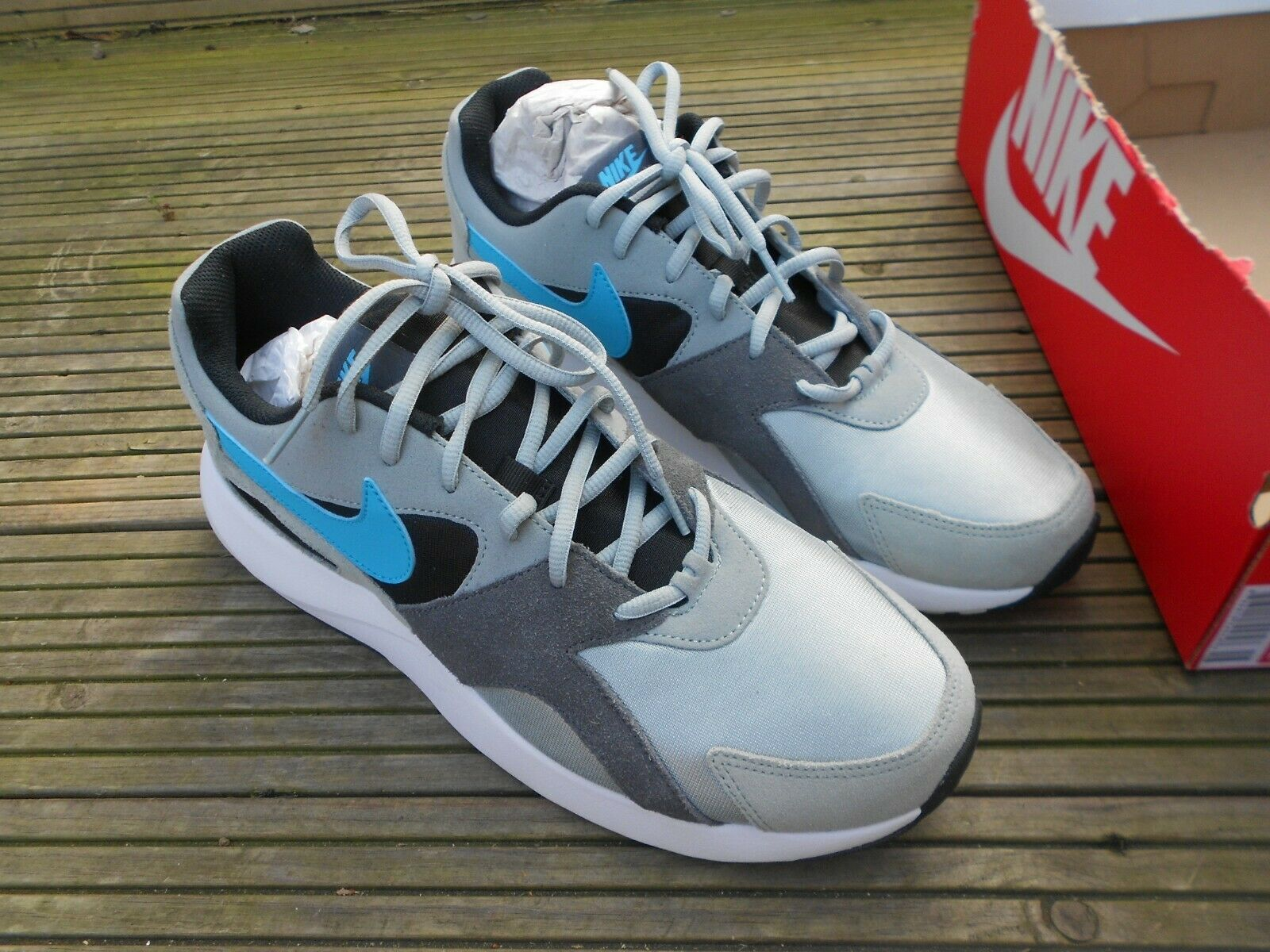 BRAND NEW WITH PART BOX - NIKE  PANTHEOS  TRAINERS - UK SIZE 10  40% off