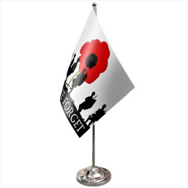 Lest We Forget RAF 90cm x 60cm Flag 3ft x 2ft