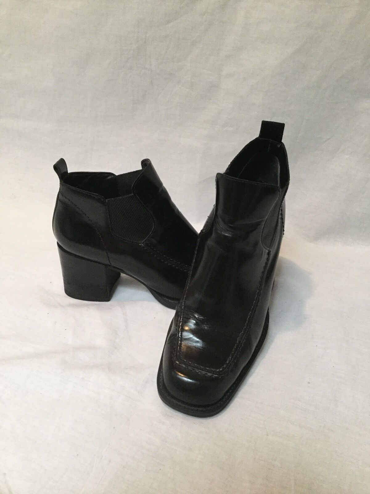 ENZO BLOCK ANGIOLINI BLACK 2.5 INCH BLOCK ENZO ANKLE BOOTS- SIZE 7M- GREAT CONDITION 19926f