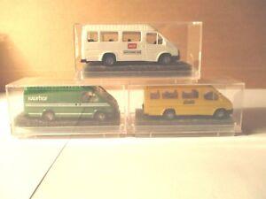 Revell-Praline-3-Ford-Transit-avec-Impression-publicitaire-1-87