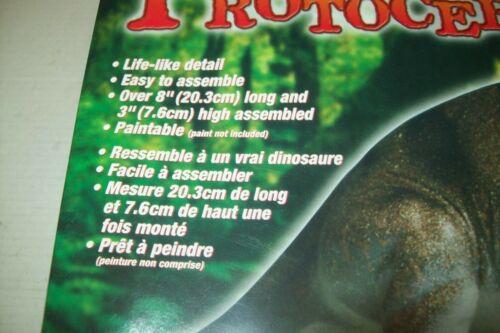 LINDBERG   PROTOCERATOPS   DINOSAUR  plastic  kit
