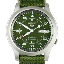 SEIKO Men SNK805 SEIKO 5 Automatic Green Cloth Band Retail $185 without Box