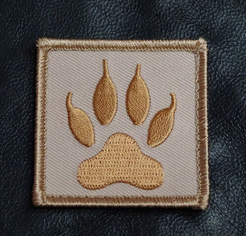 WOLF TRACKER PAW EMBROIDERED MILITARY TACTICAL MORALE HOOK PATCH WTP1