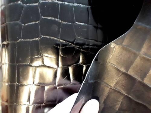 "Cuir Noir Masquer Brillant Crocodile affectent aprox 42/""X27/"" 1MM-1.1MM = ~"