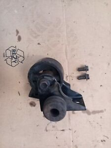 TOYOTA-CELICA-ST185-GT4-89-93-2-0-front-engine-gearbox-mount-with-bracket