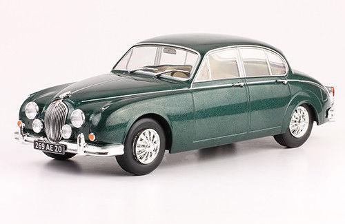 JAGUAR MARK II 1960 1 24 New & Box Diecast model Car auto vintage