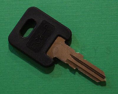 Global Link RV Plastic Head Code Cut Key G342 Travel Trailers 2 Keys G 342 ILCO