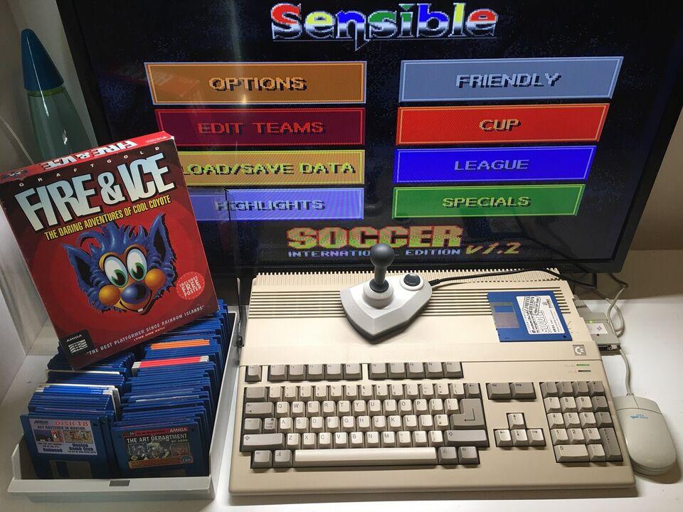 Commodore Amiga 500 i original emballage , spillekonsol