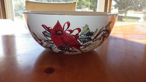 """Lenox Cardinal Sentiment Bowl NWT Home is where the heart is 9"""" Serving Bowl"""