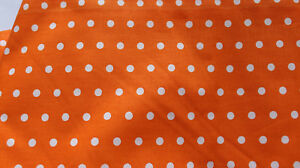 1707083b854fa7 Das Bild wird geladen Stoffpaket-Stoffe-Baumwolle-Stoffreste-Stoff -Patchwork-Orang-Punkte-