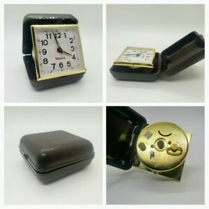 Vintage-Westclox-Travel-Alarm-Clock-Timepiece-Foldable-Wind-Up-Dark-Cover-Works
