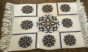 Vintage-handmade-Afghan-Throw-Cream-blue-embroidered-knit-Blanket-74-x-53-034-couch