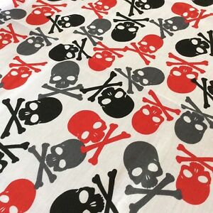 Polycotton Fabric Halloween Skulls /& Roses Toxic Crossbones Spooky Scary