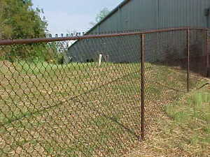 300 4 H All Brown Chain Link Fence Package Incl 5 W Gate
