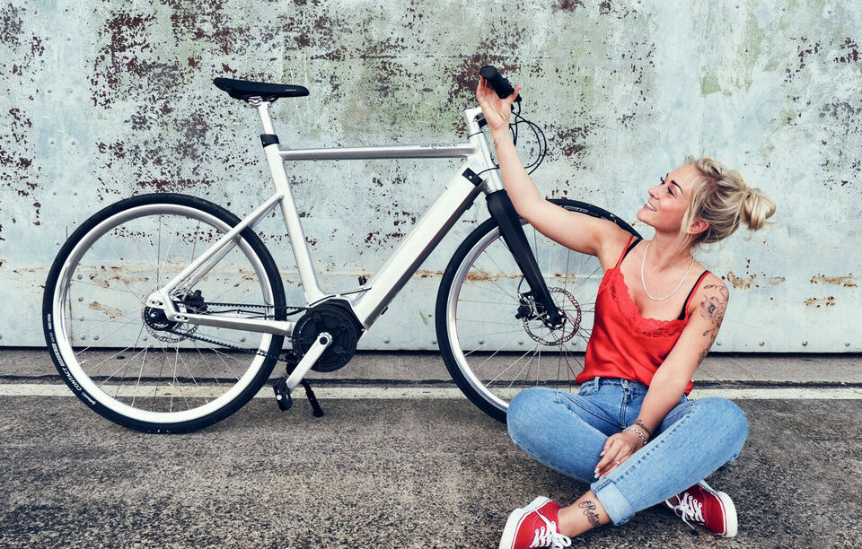 Design elcykel Tysk HNF Alu med Bosh Active Kør...
