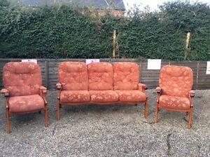 3-PIECE-SUITE-THREE-SEATER-SOFA-2-ARMCHAIRS-TERRACOTTA-PATTERN-No-Reserve