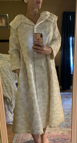 Vintage 1940s 1950s Dress Robe House Coat Ivory Qu