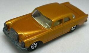 MATCHBOX Lesney Superfast N. 46 MERCEDES 300SE Light Gold-molto Quasi Nuovo