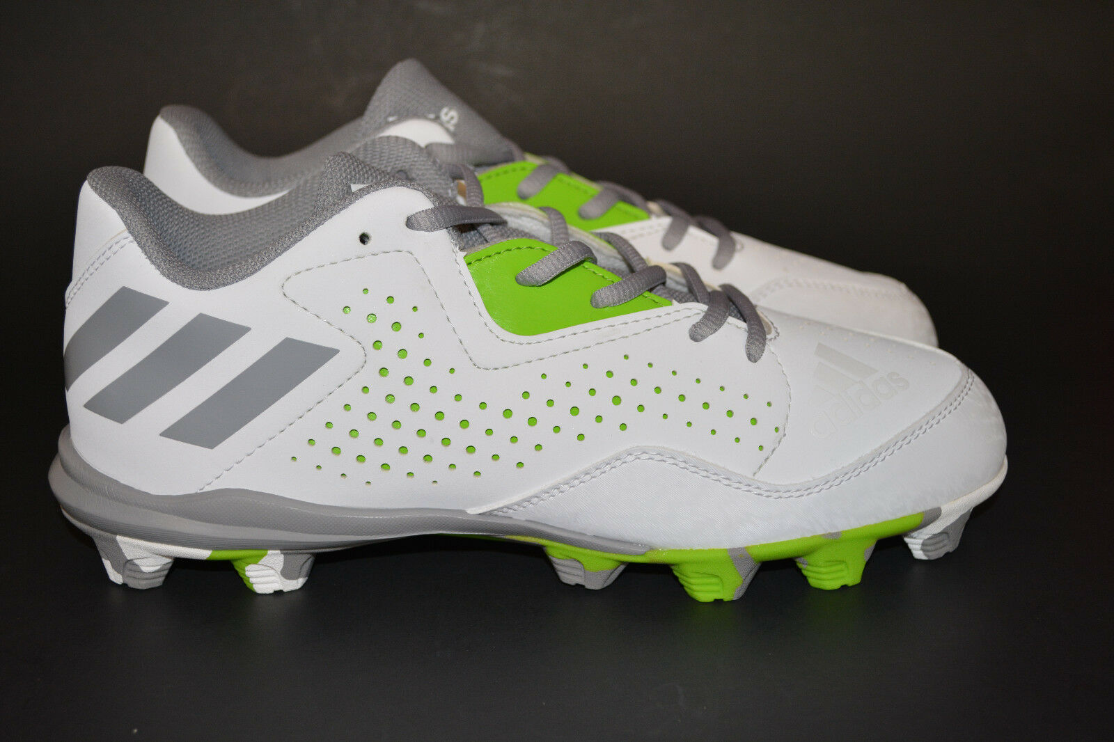 Adidas Women's Wheelhouse 4 Softball shoes White Aluminum Semi Solar Green Size 7