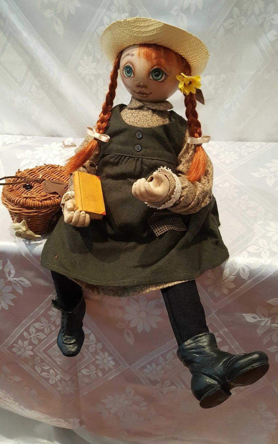 Reuge Music Xenis Exquisite Hand Painted Musical Doll