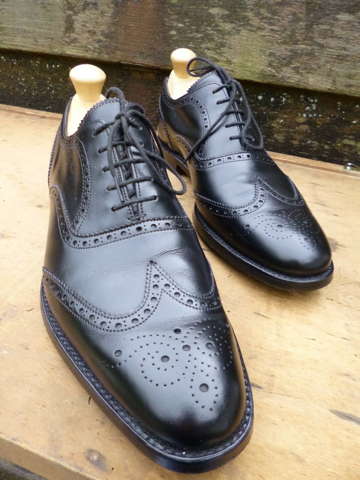 CHEANEY / / / CHURCH BROGUES - BLACK – UK 8.5 – BROAD – EXCELLENT CONDITION 830b03