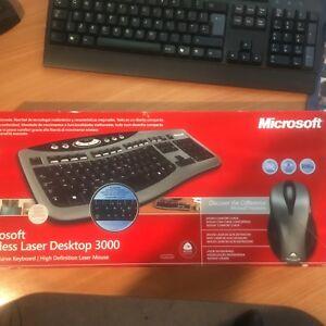 Microsoft-Wireless-Laser-Desktop-3000-Curved-Keyboard-amp-High-Definition-Mouse