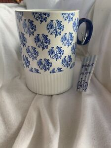 10 STRAWBERRY STREET*  Dimpled  Floral  MUG/COFFEE CUP  blue NWt