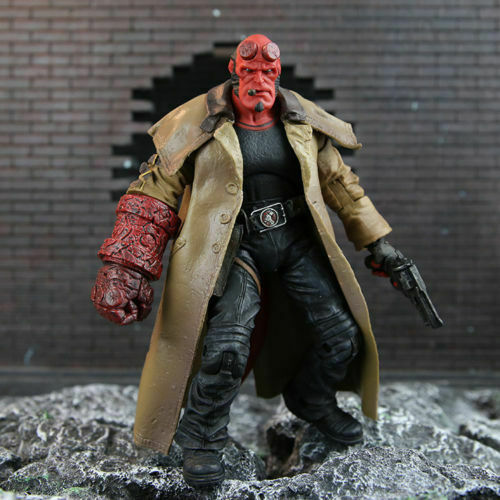 """Hellboy Mezco HB 7/"""" Action Figure Smoking Ver Series 2 Collection 18cm With Box"""