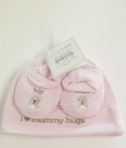 Baby Hat and Booties Set Pink Nursery Time Shower Gift Present I Love Mummy Hugs