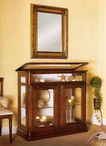 Vetrina vetrinetta con apertura a bacheca soggiorno for Salotto soggiorno