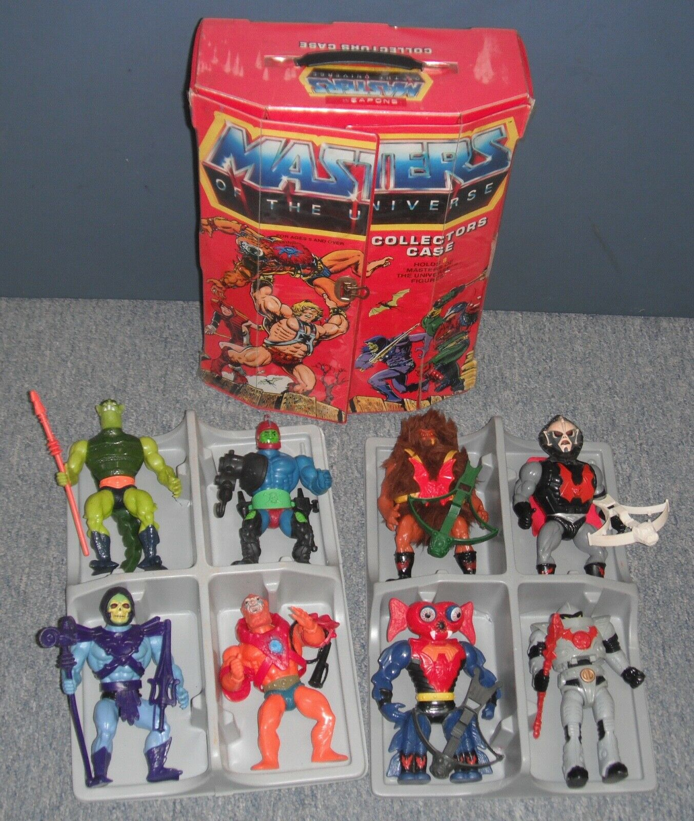 Vintage 1980s Master of The Universe Lot 8 Figures With MOTU Case (Used)