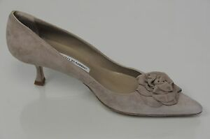 80b7847f633 NEW MANOLO BLAHNIK Lisa Flower Beige Suede SHOES Pumps Kitten Heels ...