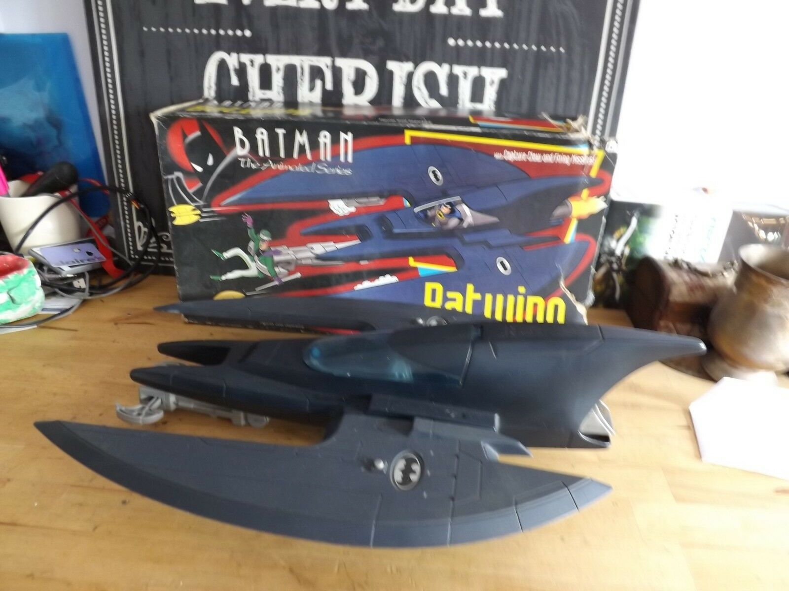 BATuomo serie animate DC Comics 1993 KENNER Batwing in Scatola
