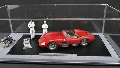 1956 MASERATI 300S DIRTY HERO W/2 FIGURES AND ENGINE & DISPLAY CASE 1/18 CMC 172