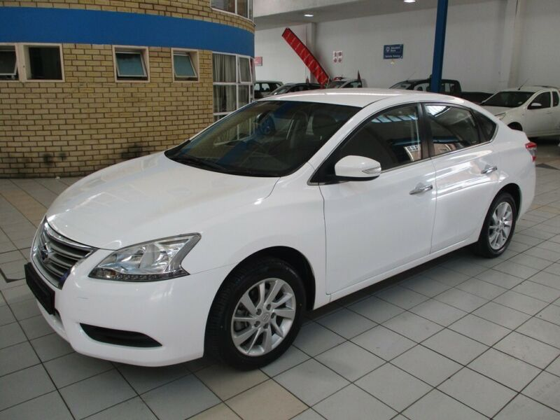 2015 Nissan Sentra 1.6 Acenta, White with 128000km available now!
