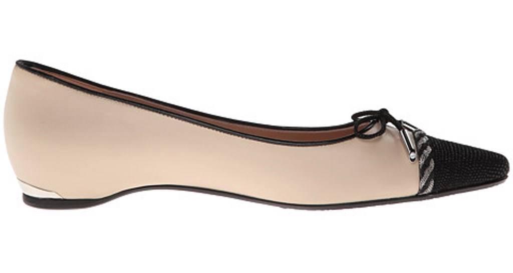 les chaussures de de de femme stuart weitzFemme capricorne orteil chaussures en cuir noir pan / c1ad3b