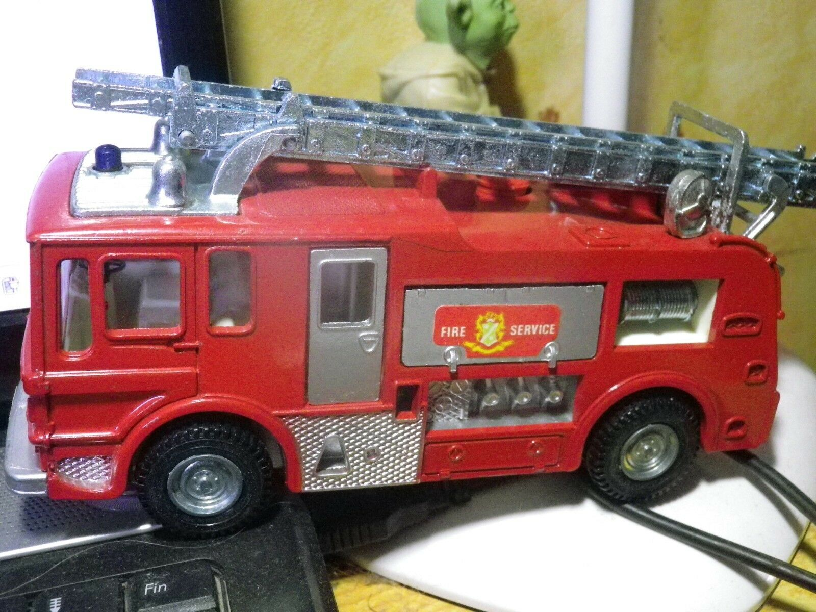 DINKY DINKY DINKY 259 FIRE ENGINE POMPIER, ROUES PLASTIQUE red, COMME NEUF EN BOITE 8ee046