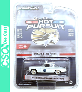 1953 Studebaker Commander Greenlight Hot Pursuit Series 34 1//64 Die Cast Novo