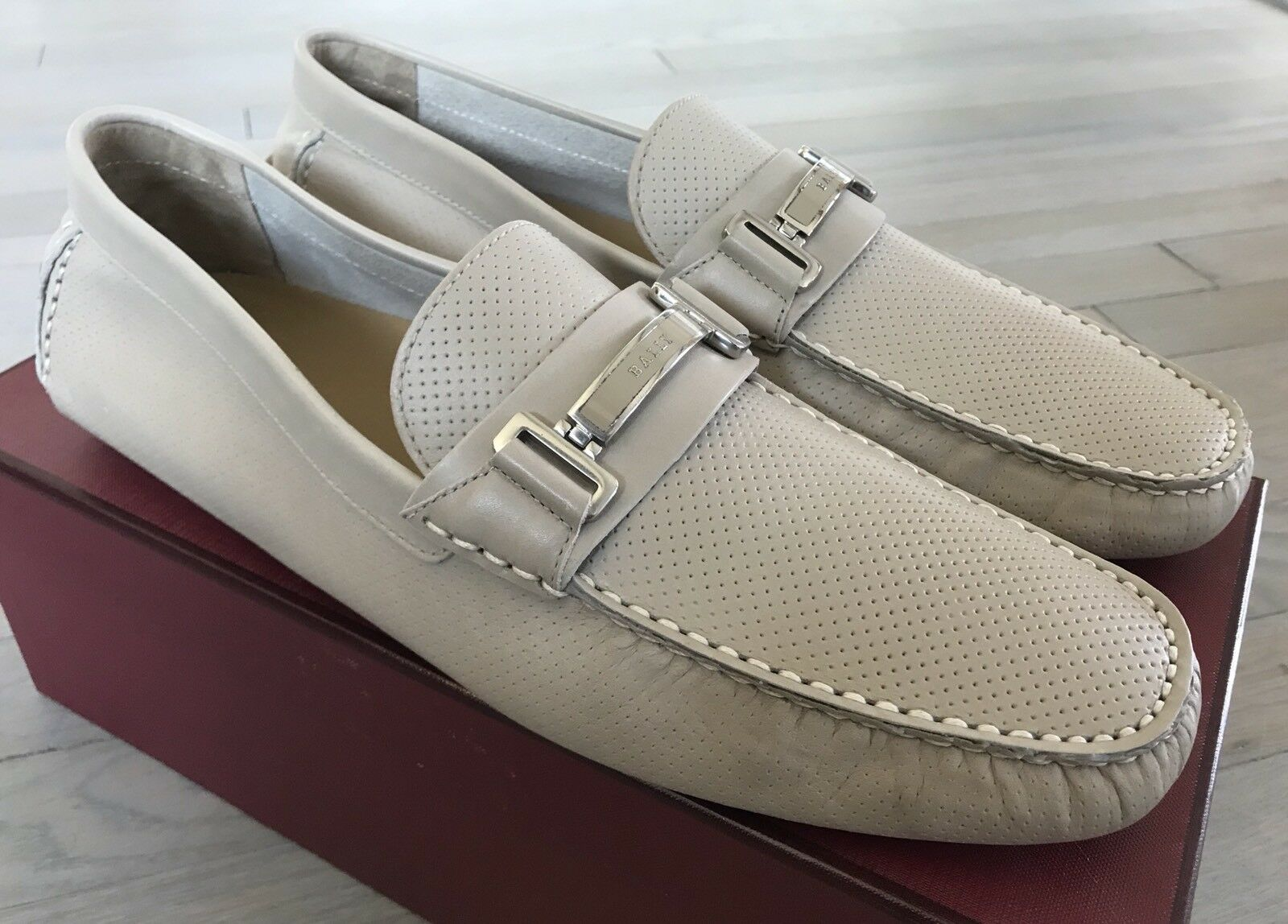 600$ Bally Drulio Beige Perforated Leather Driver Size US 10 Made in Italy