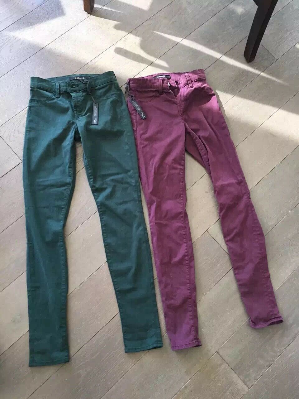 Nwt j brand 485 luxe satin mid rise super skinny jean 25  syrah