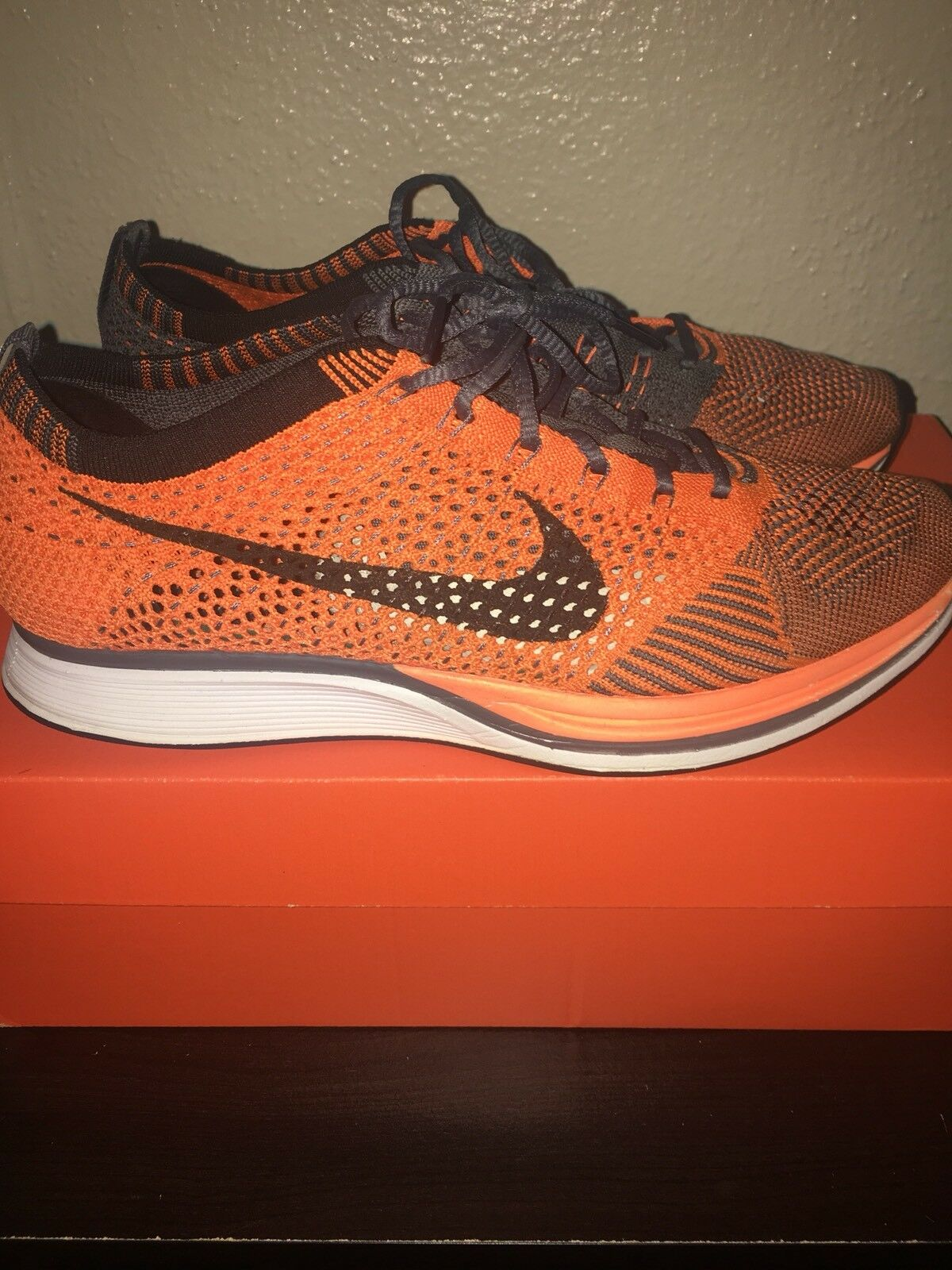 Nike Flyknit Racer orange- Men's Size 7.5 Excellent Condition