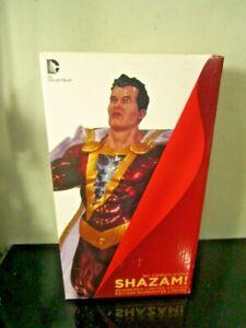 DC-Collectibles-DC-Comics-Icons-Shazam-Statue