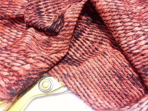 Gratuit P /& p * L//poids fine lisse polyester Serpent * Nouveau Robe Imprimée//Craft Tissu